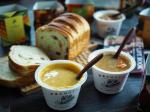 .今日のランチ本多の特選マロンあん食パンにモンマルシェ様にいただきましたレンジカップスープ.レンジカップスープのお野菜は国産野菜だけ☻化学調味料・合成着色料・保存料不使用でお子…のInstagram画像