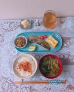 朝ごはんのお供で最近のお気に入りは江戸時代から伝わる北九州は小倉郷土料理の「糠炊き」魚をぬか床で炊いたのが始まりとの事甘辛さの中にほんのり酸味がするどこか懐かしい味。美味しくっ…のInstagram画像