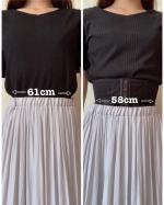 以前ご紹介したOne Shapeさんのコルセット、着け心地も良くて毎日着用しています✨着用前はビヨーンと伸びてしまっているスカートのゴムもコルセット着用後は少…のInstagram画像
