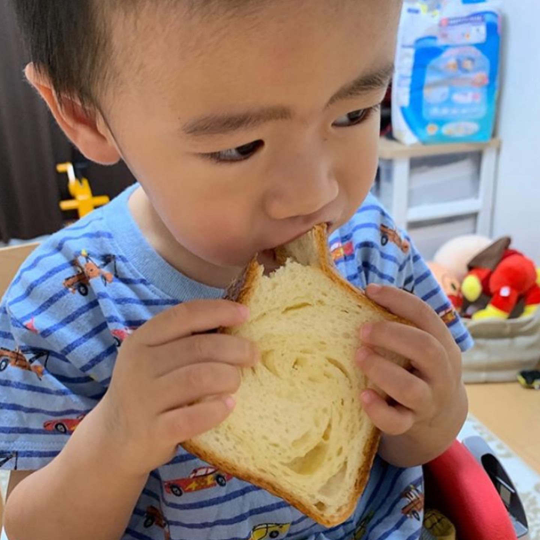 口コミ投稿:なりも私も大好きなやーつ😍💕..ちょうど今八天堂さんのクリームパン食べたいよ〜😍✨✨..…
