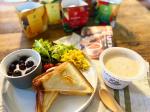 こちら野菜を食べるレンジカップスープ大きめの国産野菜がゴロゴロ入ったお腹も心も大満足のあったかスープ♪本格的な味わいがレンジでたった1分!手軽に美味しいスープが楽しめてしかも…のInstagram画像
