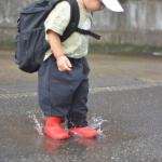 ..今朝の一コマ。..#雨降ってなくても長靴..よくインスタの広告に出てきて破格すぎて気になってた #ヒラキ ..大人のサンダルとかも激安で…!この…のInstagram画像