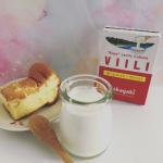 \食物繊維をつくる/【 ホームメイド・ヴィーリ 】☑︎ フィンランドで人気☑︎ トルコアイスのように伸びる☑︎ 酸味が穏やかでチーズのような…のInstagram画像