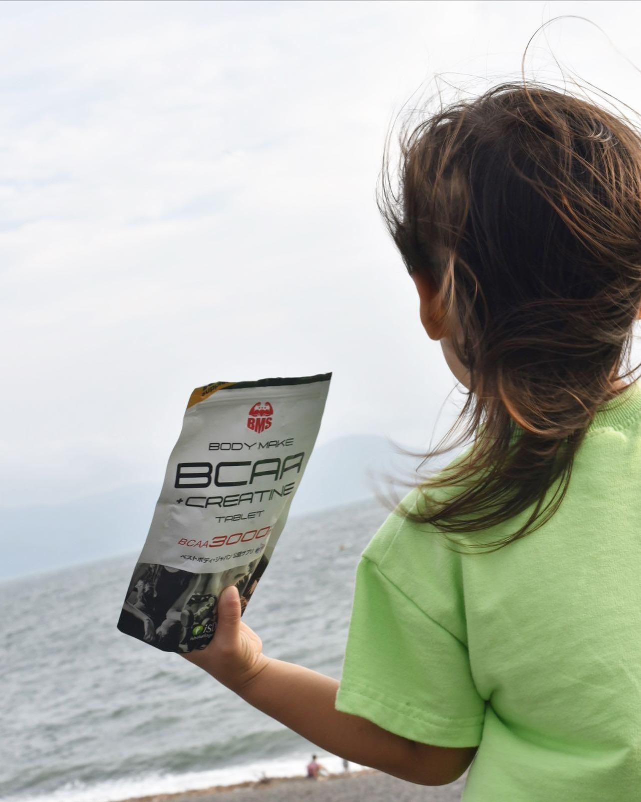 口コミ投稿:BCAAはタブレットタイプで水無くてもいいから、いつでも飲みやすい💪🏽持ち運びにも便…