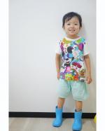 @hiraki_official さまのキッズレインシューズをお試しさせて頂きました😊作りはしっかりしてるけど柔らかくて歩きやすそう💓脱ぎ履きも簡単にできました🙆♀️✨シンプルで…のInstagram画像