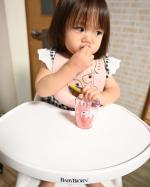 @donebydeer_japan @nookswebshop おりりが食器セットを愛用してるダンバイディアさんのシリコンビブと小さな子にぴったりサイズのヤミーミニグラス ディ…のInstagram画像