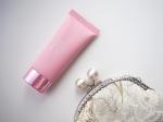 🌸⋅【プラスキレイ ピンクトーンアップUV 30g】⋅価格 3,300円(税込)⋅ピンク色のクリームで血色感を与え、健康的なツヤ肌へと導きます◎⋅✔︎肌がくすんで見える…のInstagram画像