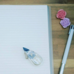 プラス株式会社ステーショナリーカンパニーから8月5日に発売されたすごく便利な修正テープはなんと‼️クリーム色の修正テープ✨の「ホワイパープチ〈クリームテープ〉」😉クリーム色用紙のノートや手帳っ…のInstagram画像