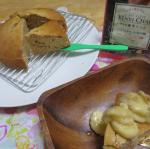.爽快決さんから健美チャイをいただいたのでシフォンケーキのバナナ添えを作りました🧡✨.こちらは粉末でサッとお湯などに入れられだまにならなかったです。.開けるとし…のInstagram画像