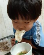 マッスルギョーザモニター記事書かなきゃなんだけどもうないんだよねww冷凍餃子って便利すぎてチゲに入れがちでw#マッスルギョーザ #信栄食品 #ダイエット #ボディメイク #デリ…のInstagram画像