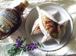 .2種類の尖りパン(胡桃とピール)焼いて朝はバターにメープルシロップ☕️おやつはブリーチーズとナッツを挟んでメープルシロップ、黒胡椒ガリガリ🍾美味しい🤤❣️モニターさせていただ…のInstagram画像