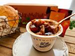 """本日10/6発売の野菜をMOTTOのレンジカップスープ""""北海道産「レッドビーツ」と根菜ごろごろ濃厚ボルシチ🤩✨…牛肉はもちろんのことにんじん、白インゲン豆、オニオンもごろっ…のInstagram画像"""