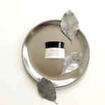 ・・くもりのないぱっと晴れた肌を目指したい方へ、新感覚の薬用美白クリーム。@venusskin.official___ 「ヴィーナスVC ホワイトニングクリーム」…のInstagram画像