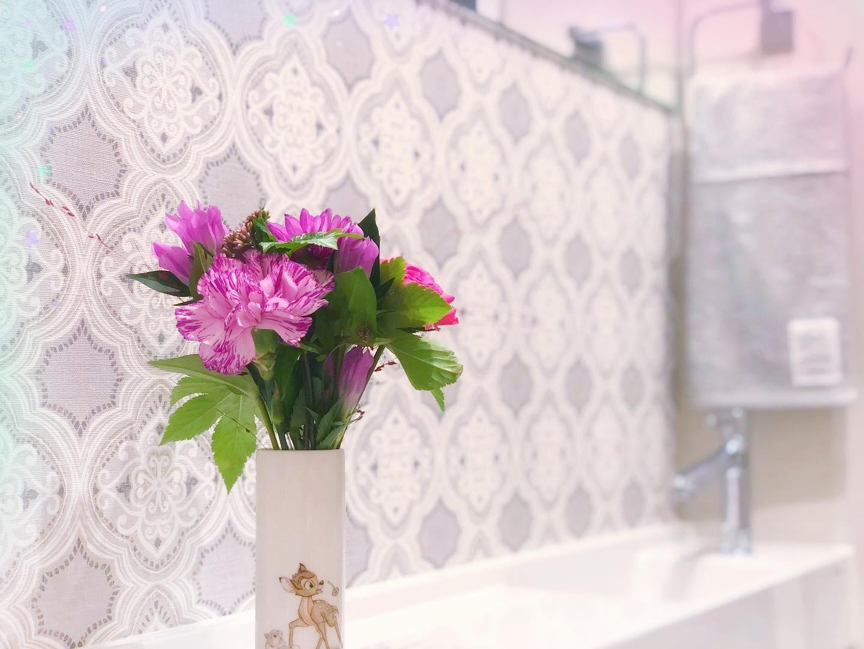 口コミ投稿:【#新しいタオル 🧣】化粧室用のタオルを頂きました🎁壁紙が灰色なのでピッタリです…
