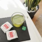 Tea Time 🍵普段は、紅茶や珈琲でブレイクしてるけどたまには緑茶でほっこりしたい🍵パパがツーリングの帰りに買ってきたお土産を食べながら、ボーッとする時間が至福❤︎…のInstagram画像