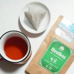 緑茶に似た製法で作られた オーガニックで生葉(ナマハ)な#ルイボスティ をホットでいただいております🍵..==========TIGERオーガニック生葉ルイボスティー3.5g×…のInstagram画像