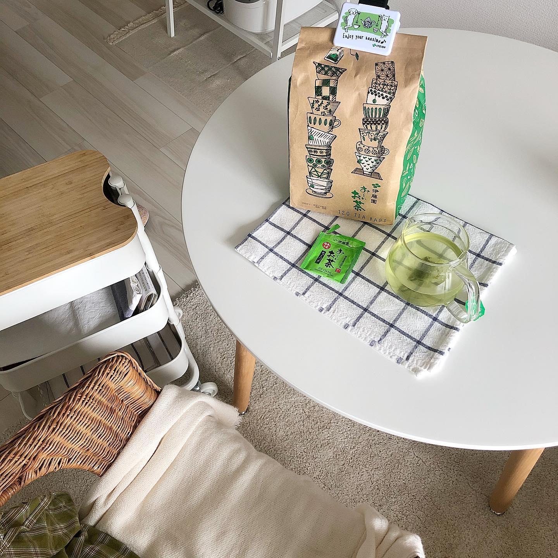 口コミ投稿:お茶は水出し派で毎日2Lポットで作ってるのですがおーいお茶のティーバッグならちょ…