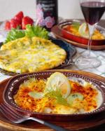 こんにちは11/19のボジョレー・ヌーボー解禁に合わせてマルハニチロ様のピザ🍕とグラタン🍽で休日ランチ😋「Cheeeeese!Pizza」は、チーズたっぷり❣️チーズ好きさ…のInstagram画像