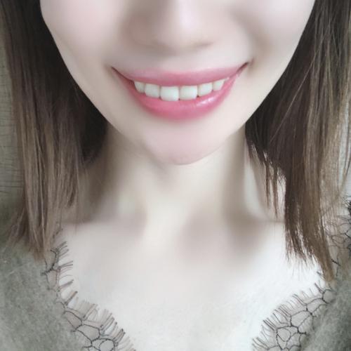 歯がつるつるになり、自然な明るい白さを取り戻しました