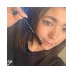 ✮ルミアグラス スキルレスライナー¥1500+税@lumiurglas パーフェクトブラックを試しました♡気になってたアイライナーで楽しみでしたー😘他4色ブラウン系で凄…のInstagram画像