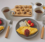 お昼ごはんにチョコチップスコーン焼いたよ~☕焼きたておいしかった☺️,良いお年を!.#日東紅茶 #紅茶 #デイリークラブ #アレンジティー #クリスマスティー #monipla #…のInstagram画像