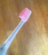 「【1609】新商品!ionic beauty美白歯ブラシ②」の画像(3枚目)
