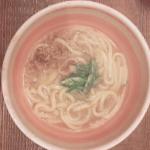 大阪で食べた肉吸いの味🍲キンレイ お水がいらない肉うどん😋結婚前に夫と大阪で会ったときにたまたま入った焼き肉屋さんで食べた肉吸いうどんがめちゃめちゃ美味しくて🤤ひっっっさび…のInstagram画像