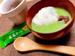 抹茶オレで抹茶ぜんざい🍵@nittohblacktea.jp さんから抹茶オレ頂きました(^^)!日東紅茶さんの公開してる余ったお餅でスイーツレシピやってみました✨焼いたお餅(公開され…のInstagram画像