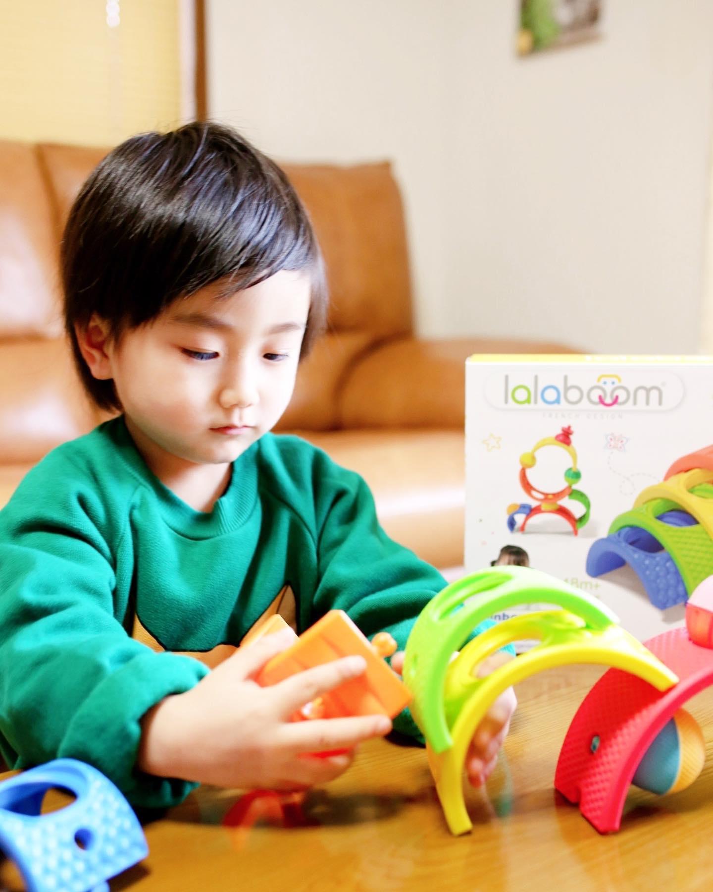 口コミ投稿:.Favorite toysフランス生まれのカラフルなブロックララブーム 13ピース レインボー…