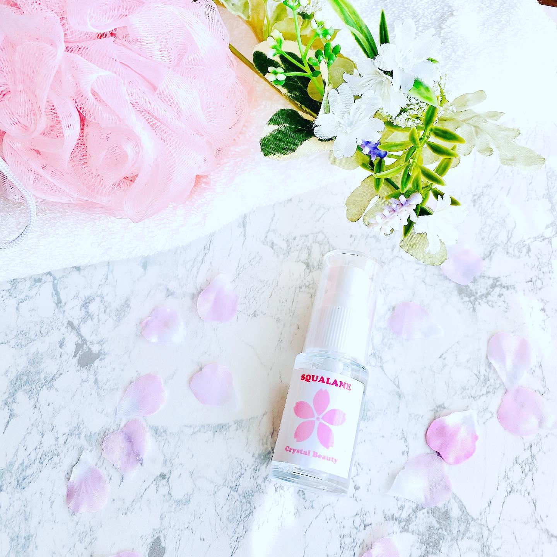口コミ投稿:\乾燥にもアンチエイジングにも💕/ホワイト&ピンクのパッケージが可愛いクリスタル…