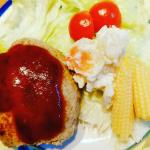 ある日の夕食とお弁当たちモニプラさんで頂いたポテサラ、お弁当の卵焼きはlandymenkoさんから分けてもらったひしお糀を入れてみましたひしお糀は卵焼きの他、温野菜につけたり、冷やっこに乗せた…のInstagram画像