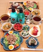 𓅿✎豚こま肉の旨ダレ焼き(りなちゃん @rinaty_cooking レシピ)✎ひじきご飯のおにぎり✎とろろ昆布の味噌汁✎しらすとワカメの白和え✎トマトと大葉のマリ…のInstagram画像