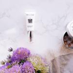 White Rushバクシアモイスチャーアップクリーム次世代レチノールといわれる新成分バクチオール配合の美容液を使ってみました❣️レチノールに匹敵するアンチエイジング効果を備え…のInstagram画像