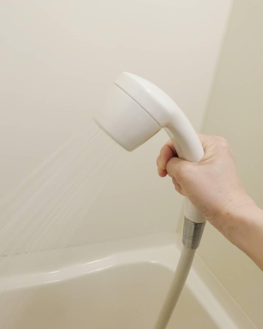 口コミ投稿:クリンスイのレンタル浄水シャワー (CR003)をモニターで使わせていただいてます。水…