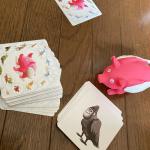 まだおチビなので何の動物が合体してるか当てっこゲームで遊びました。イラストがファンキーで面白いの!豚ちゃんのブーブーなる質感が好きみたいで、一日中ブーブーされました😂‼︎笑大人はペアのアニ…のInstagram画像