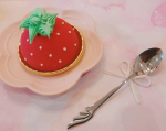 📷①.愛知県一宮市のケーキ屋さん🍰Coquelicot さんのプリンセス🍓かわいすぎる❤️ いちごのムースにいちごのコンポートピスタチオ生地にホワイトチ…のInstagram画像
