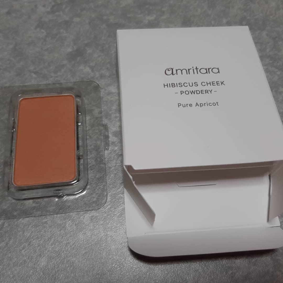 """口コミ投稿:国産オーガニックブランド""""アムリターラ""""のチークを試しました。「ハイビスカスチー…"""