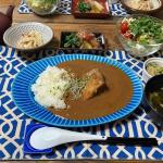 ・毎日毎日の料理休憩したい日もあるそんな昨日の晩御飯にちょっと贅沢なカレーを▶︎ 五島の鯛で出汁をとったプレミアムな高級カレー(美豚&地鶏)たっぷりのルーとごろっと入っ…のInstagram画像