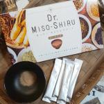 Dr.MISO-SHIRUいつもの味噌汁をこれにかえて!ダイエットサポート👏甘いスムージーは飽きて続かない。甘いのが苦手さんにもおすすめ😍10種類の野菜末、乳酸菌、高麗人参…のInstagram画像