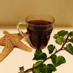 朝のおめざはレモンの香り🍋こちらはパウダータイプの紅茶です。無糖でディカフェなのでヘルシー。最近朝でもカフェインをあまり摂らないようになりました。これ一包に250mlとの事でしっかり計って…のInstagram画像