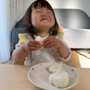 「おにぎりでにっこり笑顔♪」▶ごはん彩々「お米を食べている笑顔写真」募集!/第2弾の投稿画像