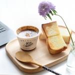 リモートワークの朝ごはん〜厚切りのパンにバターとクリームチーズのスプレッタブルを. サクッとした食感と塩味が美味しい♬一緒に合わせたのはレンジカップスープの野菜をMOTTO.国産野…のInstagram画像