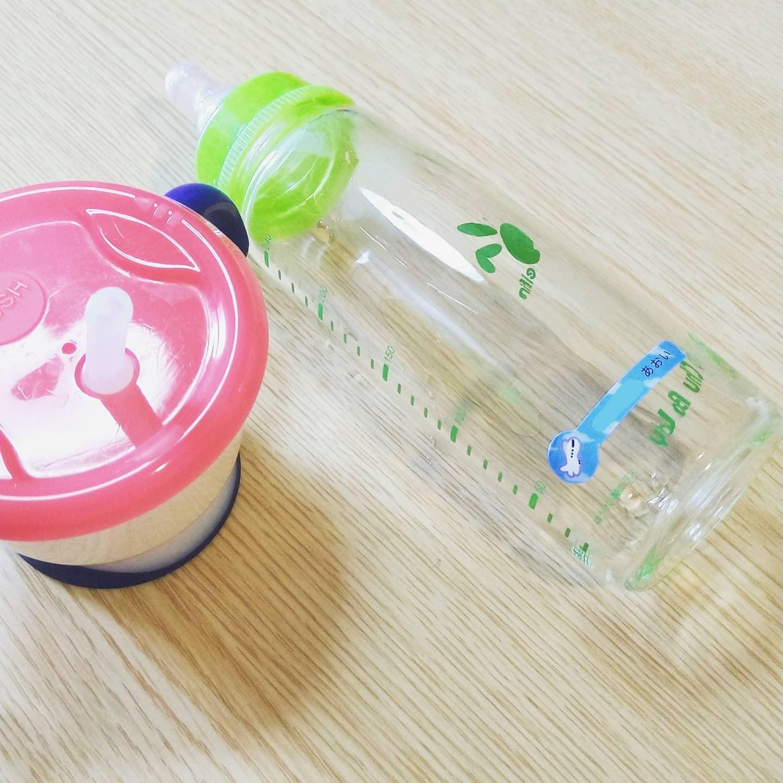 口コミ投稿:哺乳瓶にもペタリ🍼ぺらぺらのシールじゃなくてしっかりしてるから良き𓂃◌𓈒𓐍最近友達の…