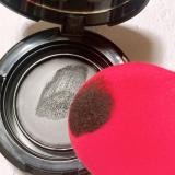 口コミ記事「パフで塗りやすくしっかり色が入る!」の画像