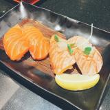 今日のお昼ご飯はにぎり長次郎の画像(2枚目)