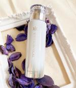 \ ホワイトシューティカル ホワイトナノソームローション/高級感のある化粧水❣️キラキラしていてプリンセスになった気分😌⇦敏感肌さんでも使える9つのフリー🥺白雪美肌に導いてくれる美…のInstagram画像