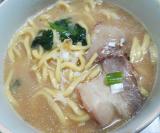 休みの日のお昼ごはん。【お水がいらない 横浜家系ラーメン】の画像(5枚目)