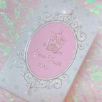 ♥♥♥...薔薇はちみつ石鹸.箱がもうめちゃくちゃタイプ、、💗天然原材料のみの手作り石鹸ほのかに甘くて爽やかな香り🌹🍯乾燥肌対策で使用している石鹸です!.…のInstagram画像