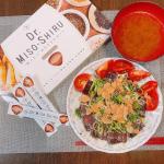 ゆる〜い置き換えダイエットしてます😋お出汁の効いた味噌汁タイプ♫ご飯など炭水化物カットしておかずと一緒に摂っているのが@dr_misoshiru 「Dr.Miso-Shiru」…のInstagram画像