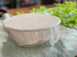 KAWAGUCHI  みつろうラップを作ってみた♡みつろうを布に染み込ませて作れるラップで、みつろうに抗菌保湿効果があるから水洗いすれば繰り返し使えるんだって✨しかも6ヶ月〜1年も‼︎めち…のInstagram画像